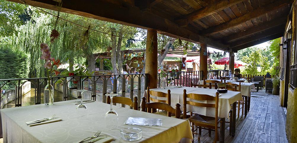 el-reguero-moro_0000__DLH8137_terraza